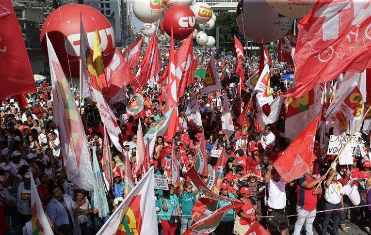 1º de Maio: Resistência e repúdio às reformas de Temer