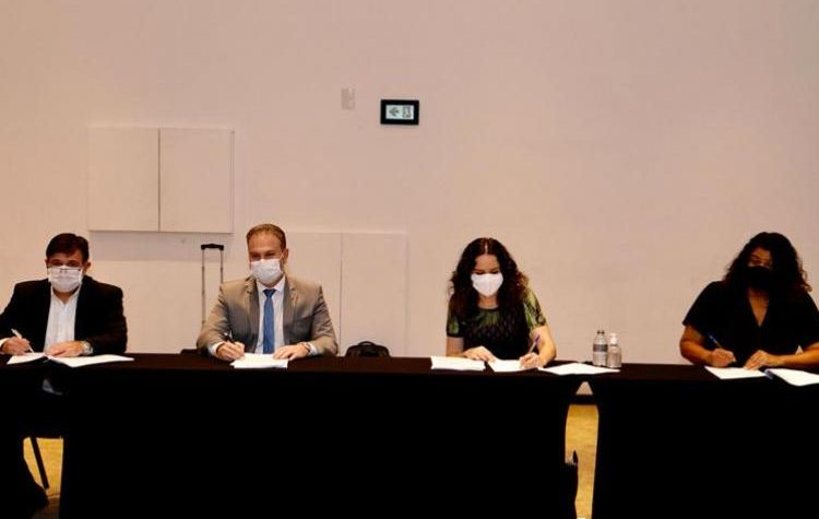 Acordo assinado: direitos do ACT garantidos e Saúde Caixa Para Todos