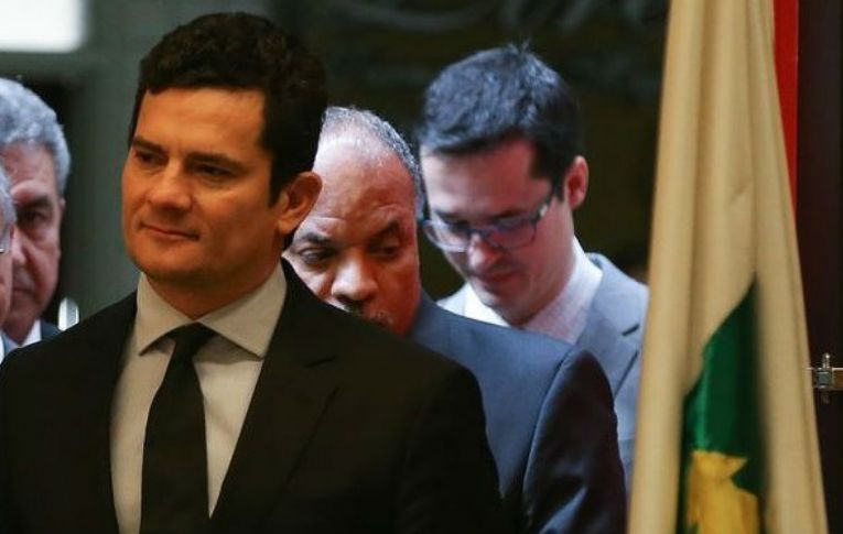 Advogado cobra apuração das denúncias contra procuradores e juiz da Lava Jato