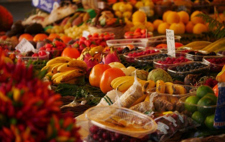 Agrotóxicos: resíduos em alimentos colocam em perigo a população