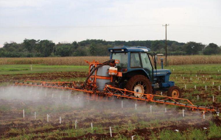 Anvisa afrouxa critérios para avaliação e classificação de agrotóxicos