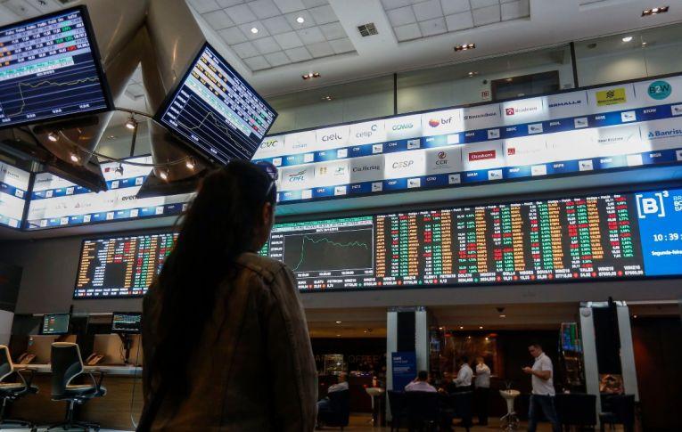 Apesar do ufanismo governista, investidores estrangeiros desconfiam do Brasil