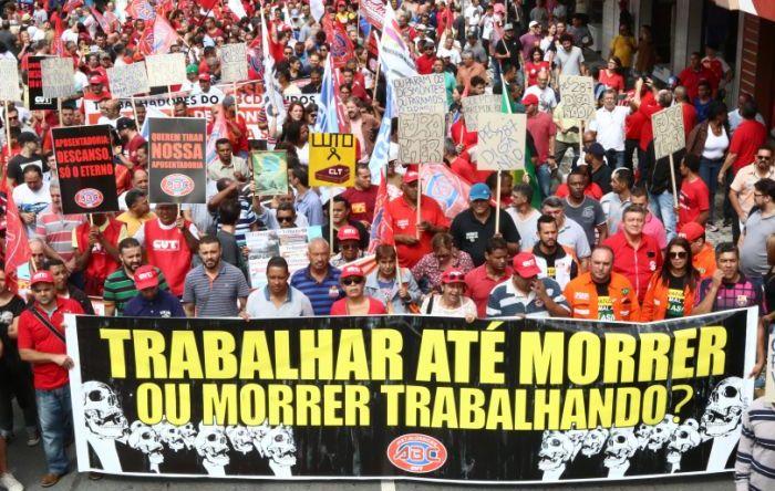 Após reforma trabalhista, patrões atacam negociação por empresa e homologações