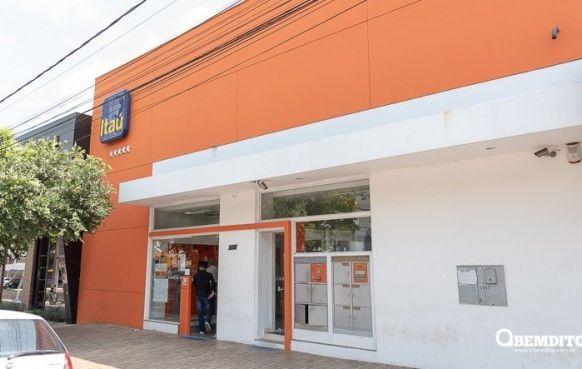 Bancos Itaú e Bradesco fecham duas agências em Umuarama