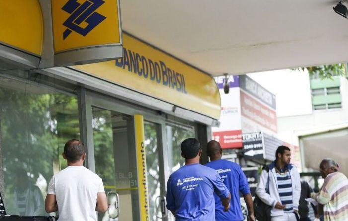 BB proíbe clientes de utilizar serviços das 13 mil lotéricas do país