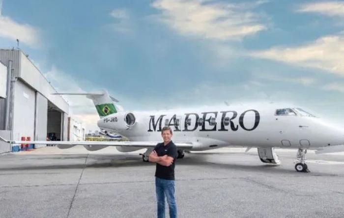 Bolsonarista, dono do Madero é multado em R$ 569 mil por infrações trabalhistas