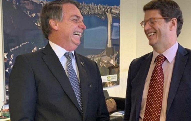 Bolsonaro prometeu dobrar recursos, mas cortou verba do meio ambiente