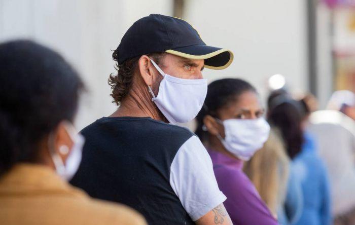 Brasil passa de 160 mil vidas perdidas para a Covid-19