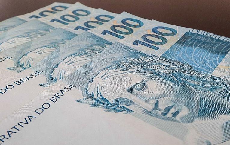 Campanha quer tributar 0,3% dos mais ricos para arrecadar R$ 290 bilhões por ano