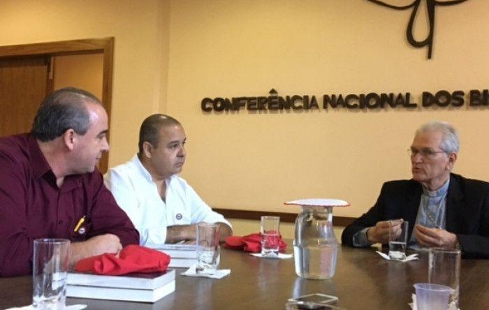CNBB apoia os sindicatos contra as reformas