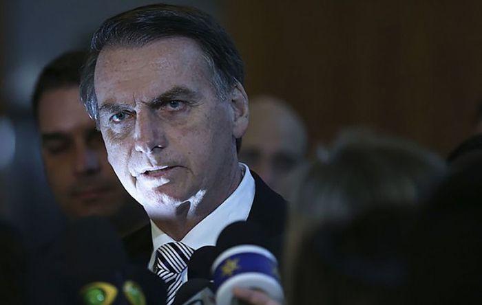 Com decreto no carnaval, Bolsonaro ataca reforma agrária e agricultura familiar