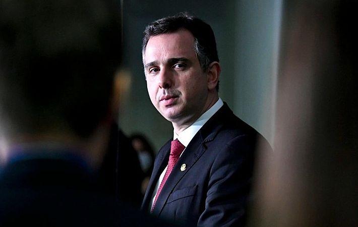 Com resistência do presidente do Senado, STF determina criação de CPI da Covid
