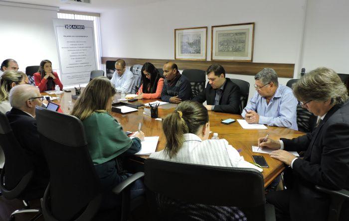Comando dos Financiários da Contraf-CUT inicia negociação com a Fenacrefi