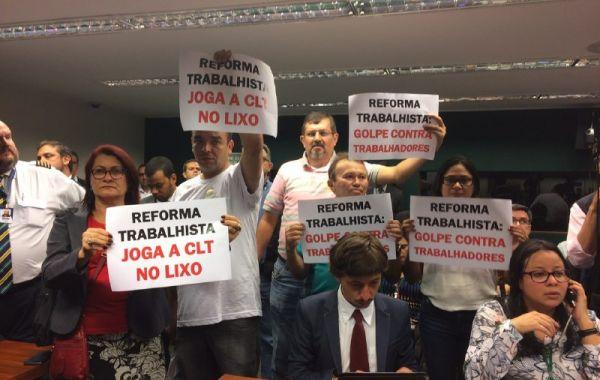 Comissão da Câmara vota texto da nefasta Reforma Trabalhista