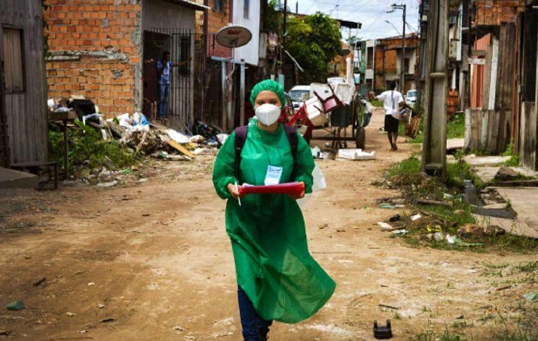 Covid-19 aumentou a pobreza, a fome e as desigualdades. 'Catástrofe geracional', afirma a ONU