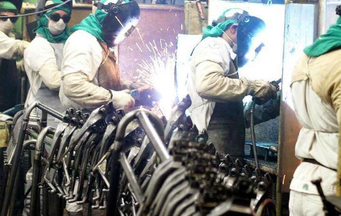 Covid-19: CUT, centrais e CNI fazem acordo para preservar empregos na indústria