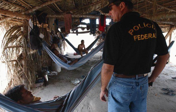 Crédito de bancos permite 'fluir a economia' ligada ao trabalho escravo, diz MPT