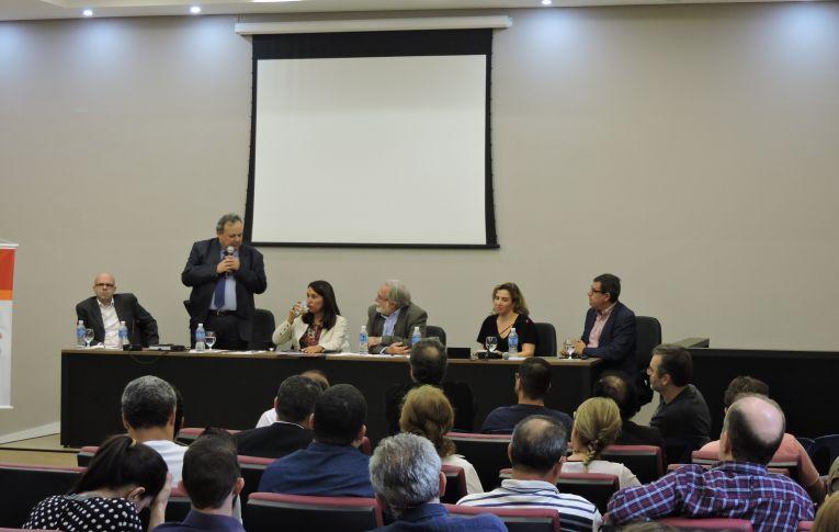 Debate sobre representação sindical encerra 1º Seminário Jurídico da Contraf-CUT