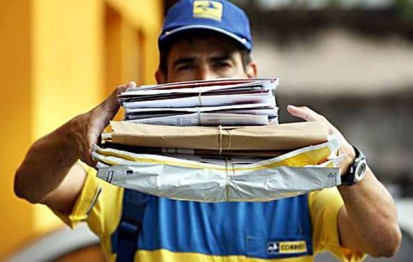 Demissões e privatização: o que está por trás do suposto déficit nos Correios