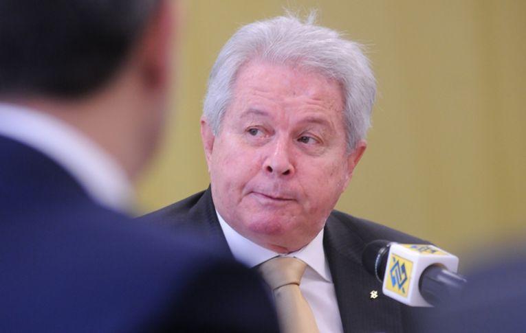 Deputados pedem responsabilização criminal de Rubem Novaes
