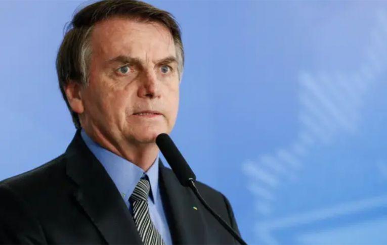 Desprezo pela vida, negacionismo e austeridade. As respostas de Bolsonaro ao auge da covid no Brasil