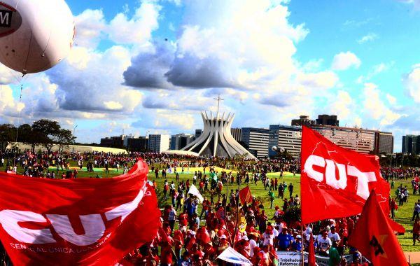 Diretas Já: Frente Brasil Popular lança Plano Popular de Emergência