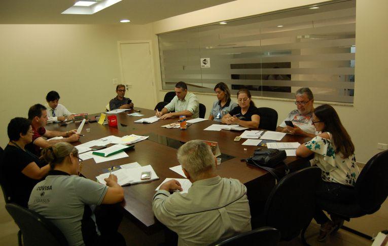 Dirigentes de Umuarama participaram de reunião da Comissão de Saúde do Trabalhadoras