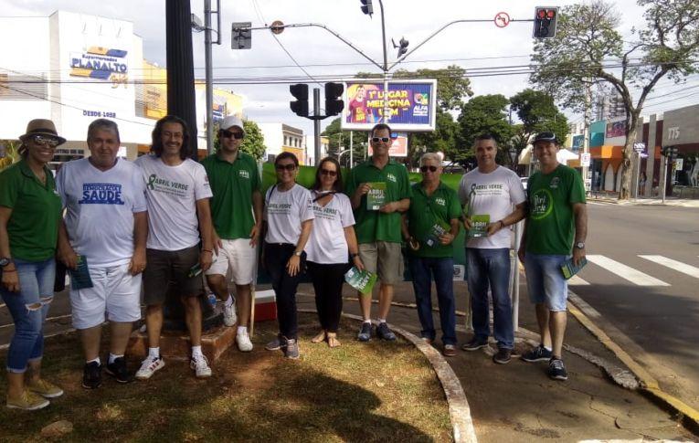 Dirigentes do Sindicato de Umuarama participaram da Campanha Abril Verde