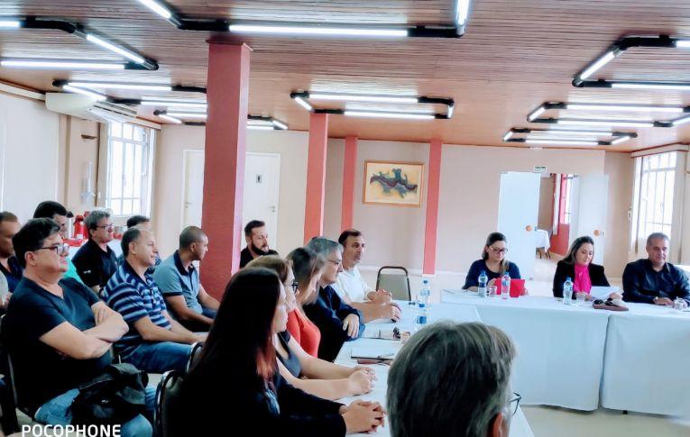 Dirigentes sindicais do Bradesco cobram do banco melhorias nos planos de saúde e odontológico