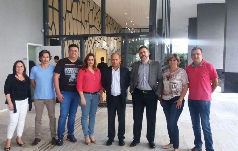"""Sindicatos dos Bancários e FETEC PR vão a São Paulo conhecer """"agências digitais"""" do Itaú"""