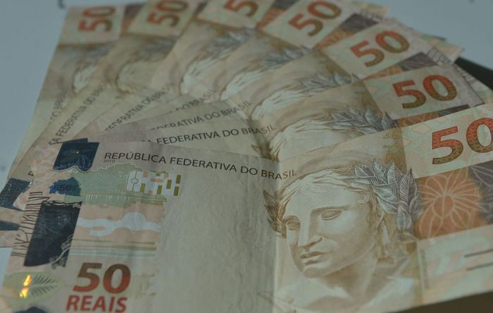 Economistas estimam inflação mais alta e crescimento pífio da economia este ano