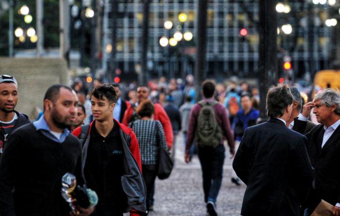 Economistas propõem reforma Tributária com isenções a pobres e pequenas empresas