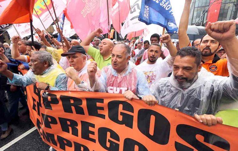 Fiesp virou 'aparelho político', critica presidente da CUT em ato das centrais contra Bolsonaro