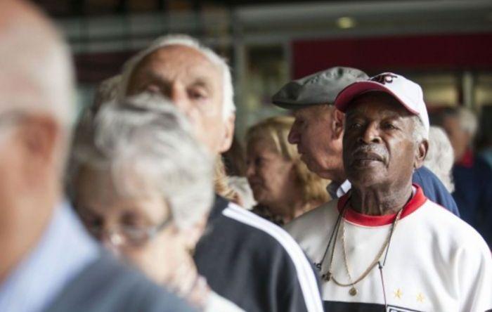 Governo Bolsonaro ataca aposentadorias e pensões para bancar o Renda Cidadã