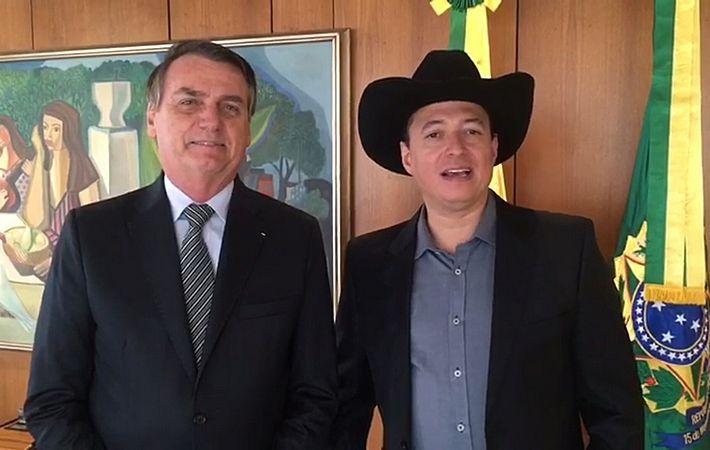 Governo impõe sigilo sobre cachê pago para amigo de Bolsonaro em campanha da Caixa