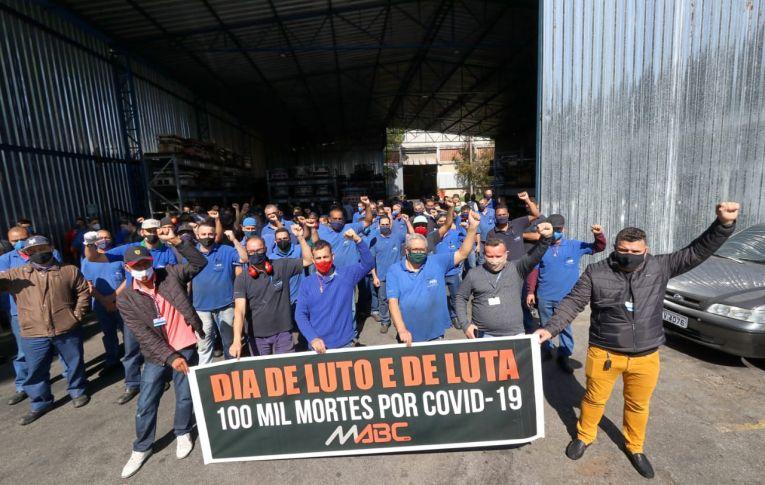 Gritos de 'Fora, Bolsonaro', pela vida e por empregos ecoam em todo país nesta sexta (7)
