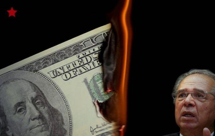Guedes quer usar reservas em dólares para pagar dívida