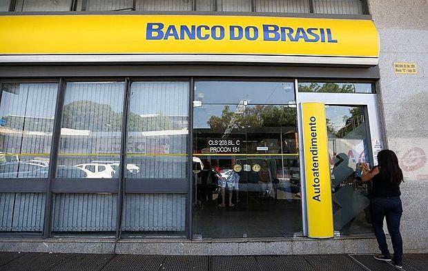 """Guedes """"sonha"""" vender o Banco do Brasil: como isso afetaria a população brasileira?"""