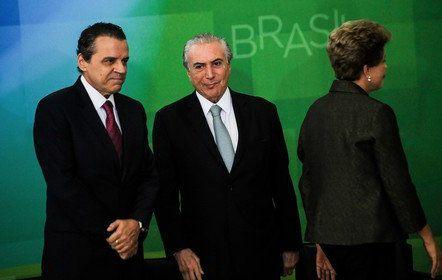Henrique Alves, primeiro a trair Dilma, levou r$ 7 milhões em espécie