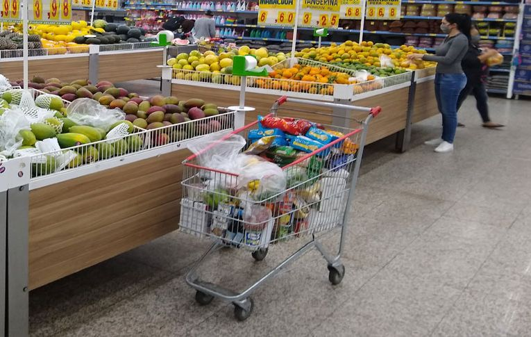 IPCA: Gasolina e alimentos puxam alta da inflação em agosto
