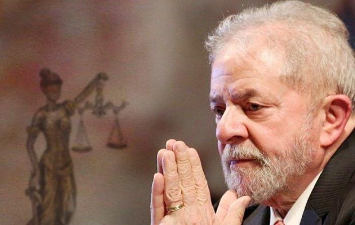 Juristas criticam morosidade da Justiça em libertar Lula