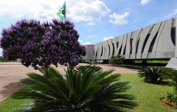 Justiça decide que trabalhador com doença grave não tem isenção de IRPF