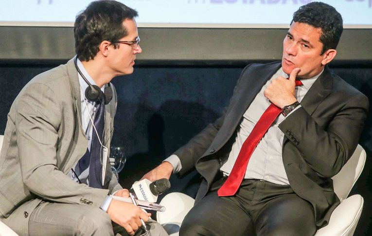 Lewandowski levanta sigilo de conversas de Moro com procuradores da Lava Jato