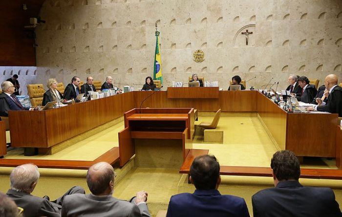Liminar garante liberdade a Lula até julgamento final em 4 de abril