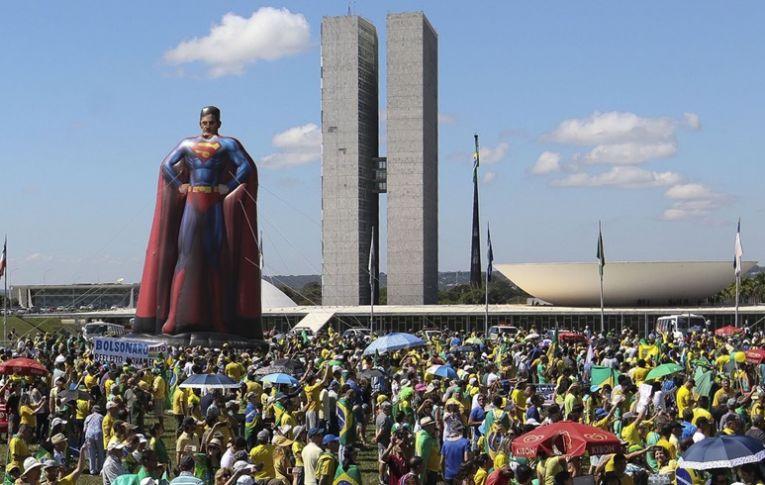 Manifestações de 26 de maio mostraram que Bolsonaro perdeu capacidade de mobilização