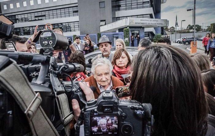 """Mujica: """"Lula somos todos os que têm problemas na América Latina"""""""
