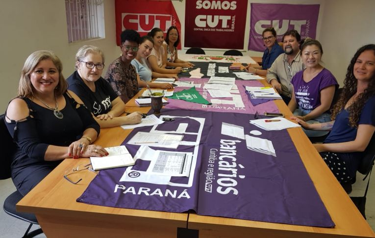 Mulheres bancárias participam da organização dos atos de 8 de março