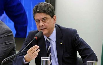 'Não vamos assistir de braços cruzados à escalada fascista no Brasil', diz Wadih Damous