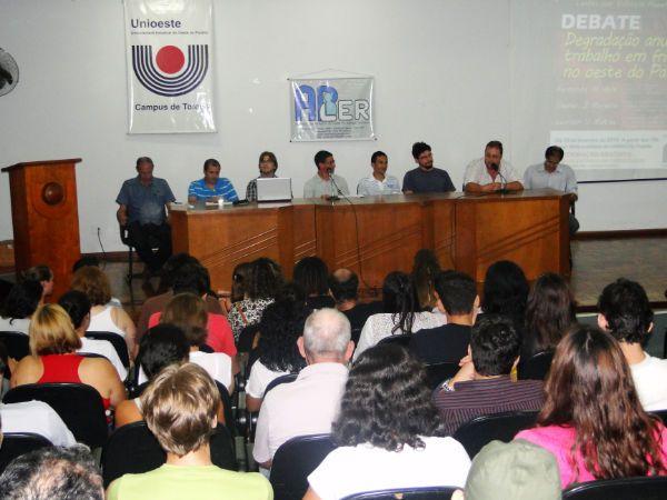 Seeb Toledo participa de várias atividades no Dia Internacional de Prevenção às LER/DORT