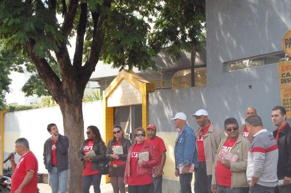 Bancários de Umuarama participam de atividades da CUT Regional Noroeste